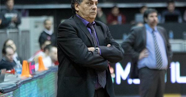 Carlos Romano afronta su tercer ciclo como entrenador de Peñarol