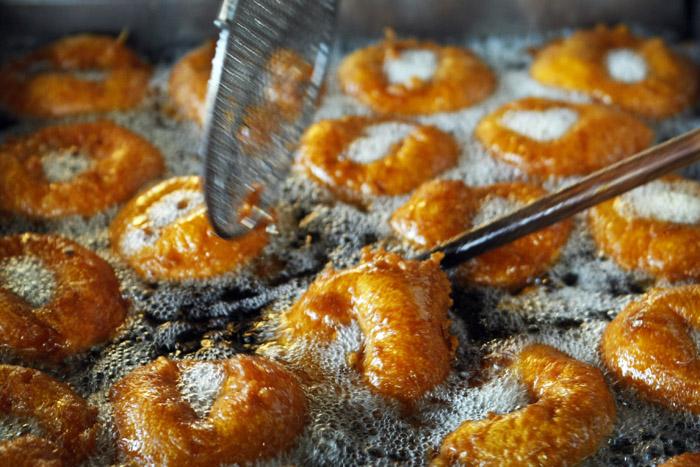 Falla Valenciana: los buñuelos, un clásico de Mar del Plata que merece ser probado