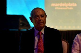 """Vacunación """"VIP"""": el gobierno confirmó que Aldrey Iglesias está entre los vacunados"""