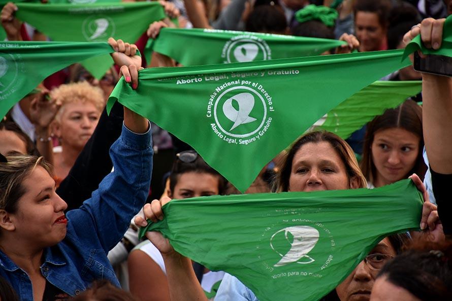 Alberto Fernández presentó su proyecto para legalizar el aborto en Argentina
