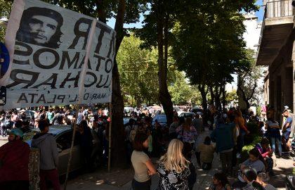 PROTESTA RECLAMO MTR VOTAMOS LUCHAR (2)
