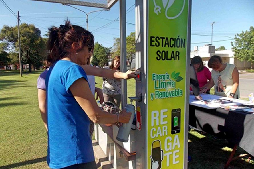 Proponen instalar estaciones solares en plazas de Mar del Plata