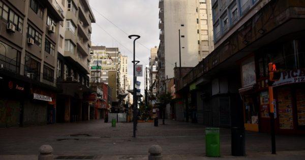 Cuarentena: proponen a Montenegro que habilite actividades comerciales e industriales