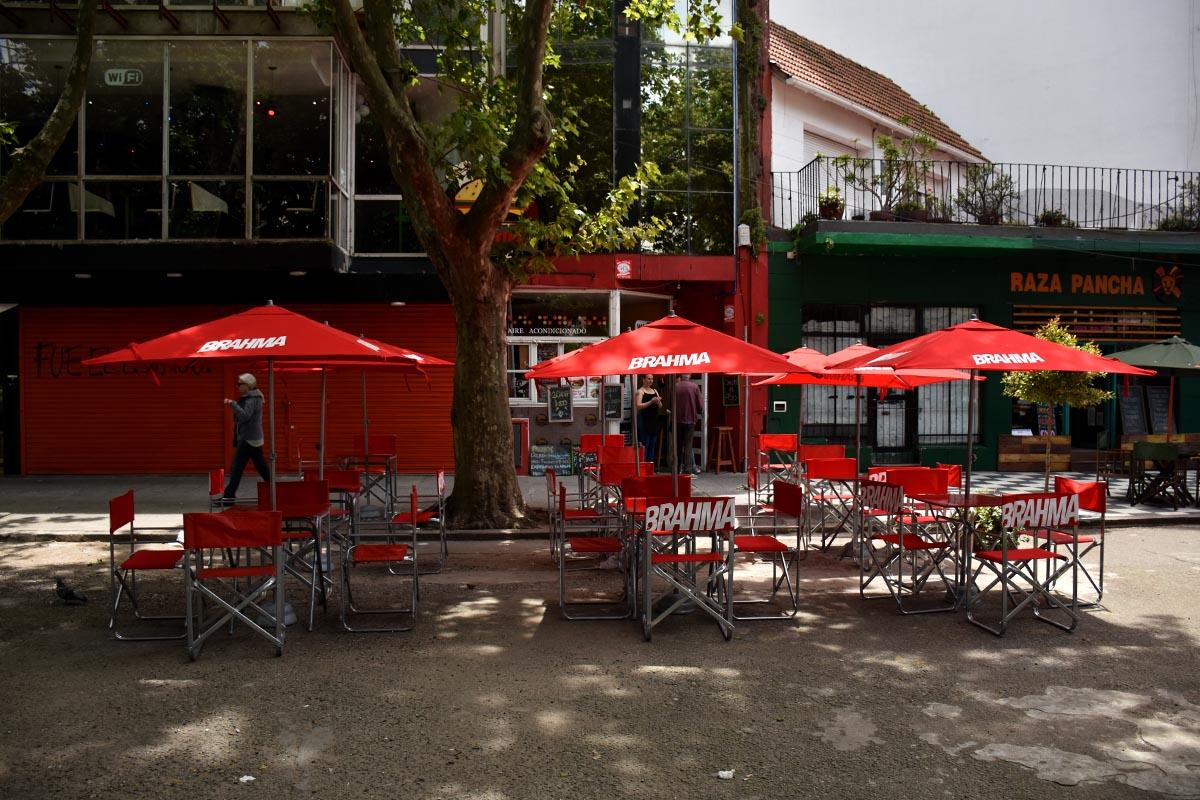Montenegro decretó el cierre de restaurantes y diversos comercios en Mar del Plata