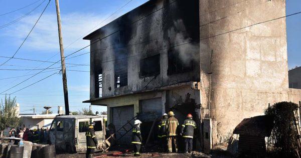Incendio en el barrio Regional: murió una mujer que permanecía internada