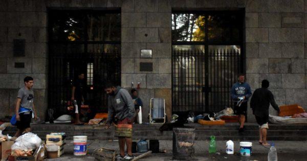 Situación de calle: los operativos oficiales, entre la pandemia y la necesidad
