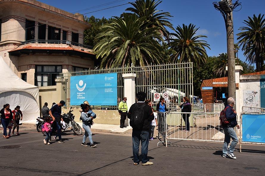 La entrega de la tarjeta AlimentAR continuará a través del Correo Argentino