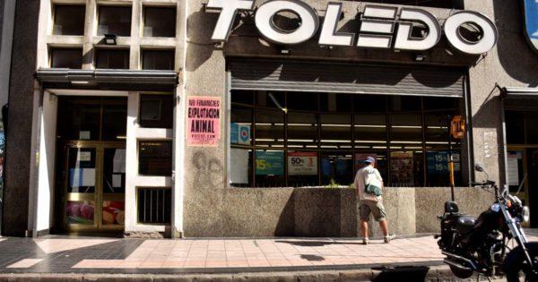 Conflicto en Toledo ante la negativa de pagar un bono de $5 mil