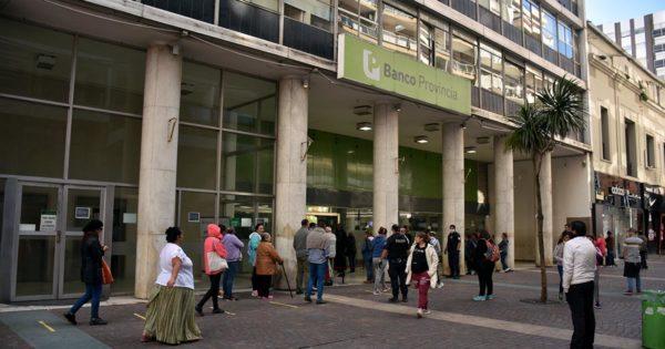 Desde este martes, cambia el horario de atención en los bancos de Mar del Plata