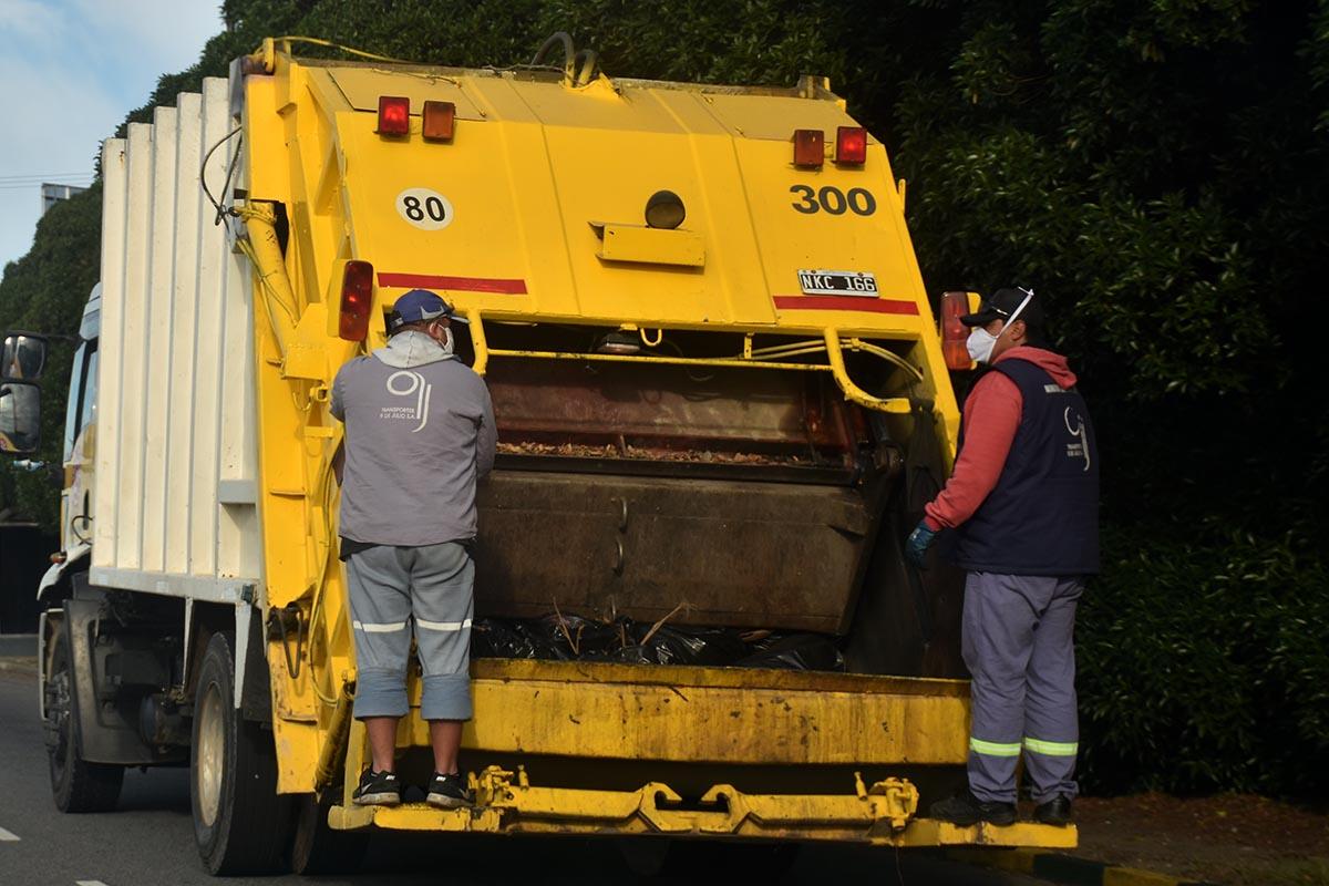 """Basural: se mantiene el conflicto, pero con una """"recolección parcial"""" de residuos"""