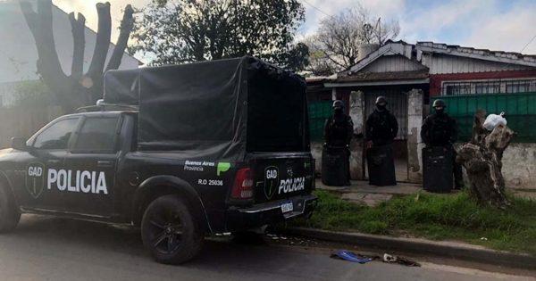 Hirió a un joven en una pelea y amenazó al padre con un arma: detenido