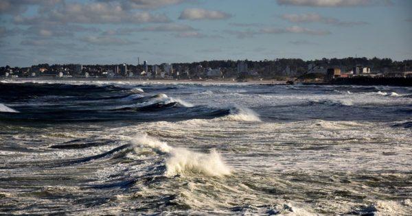 Emiten un alerta meteorológico por fuertes vientos para Mar del Plata