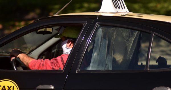 Buscan prorrogar por un año el plazo de vida útil de taxis, remises y otros transportes
