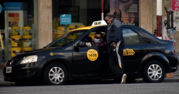 Aprobaron la prórroga de la vida útil de taxis, remises y otros transportes