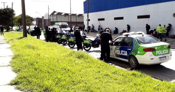 Cuarentena: importante operativo ante la partida de micros a Santiago del Estero