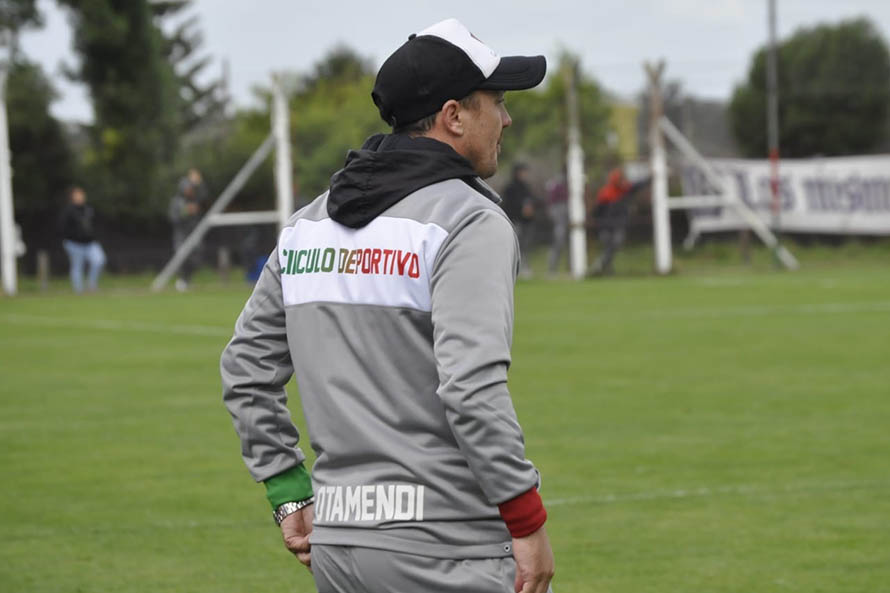 """Alexis Matteo no es más técnico de Círculo Deportivo: """"No me la esperaba"""""""