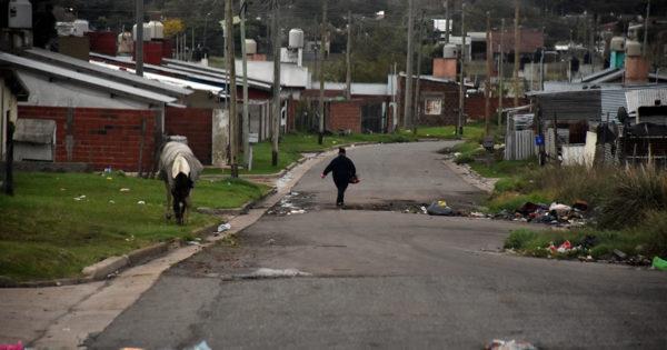 Cuarentena y conectividad en los barrios: el 76% de los hogares no tiene Internet