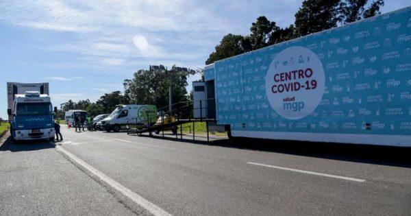 """Instalaron el """"Centro Covid Móvil"""" para reforzar los controles en la Ruta 2"""