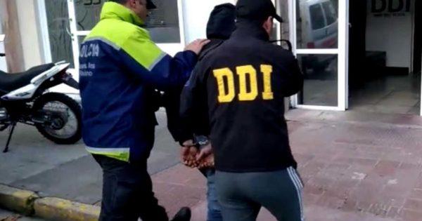 Detienen a un hombre acusado de abusar durante un año de la hija de su pareja