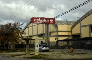 Conflicto en Eskabe: una negociación entre despidos y suspensiones