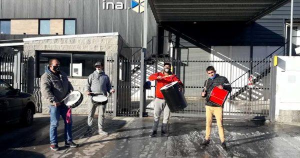 Puerto: más despidos, seis trabajadores a la deriva y dos protestas
