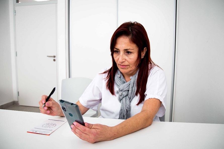 """Coronavirus: la """"telemedicina"""" ya es una opción para profesionales y pacientes en hoteles"""