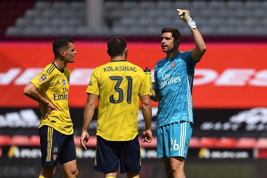 El Arsenal de Emiliano Martínez avanzó a las semifinales de la FA Cup