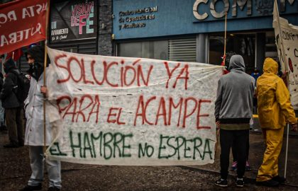 ACAMPE PROTESTA COM (5)