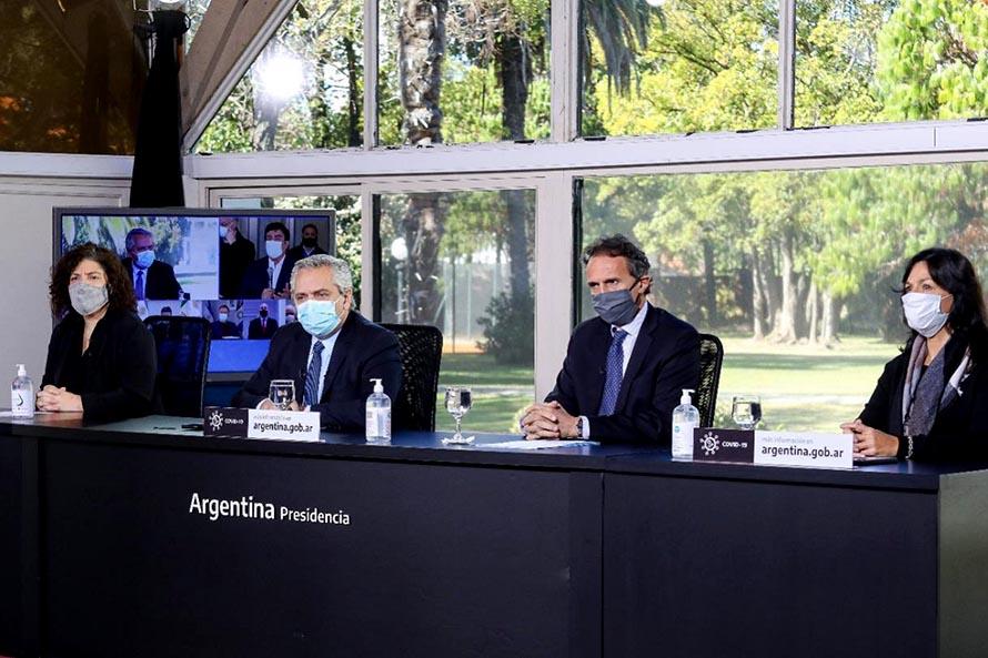 """El presidente inauguró el hospital modular: """"Queremos que Mar del Plata no viva problemas"""""""