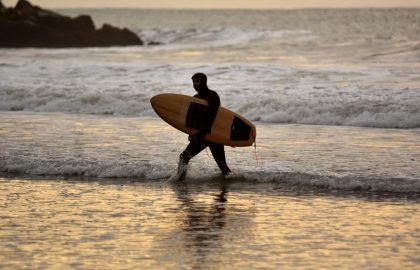 DEPORTES CUARENTENA SURF MAR (9)