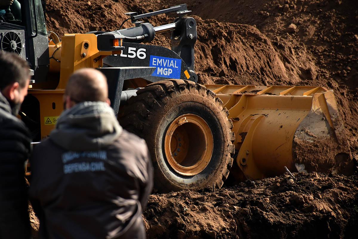 Caso Lario: aún no pudieron llegar al fondo del pozo y los trabajos siguen este jueves