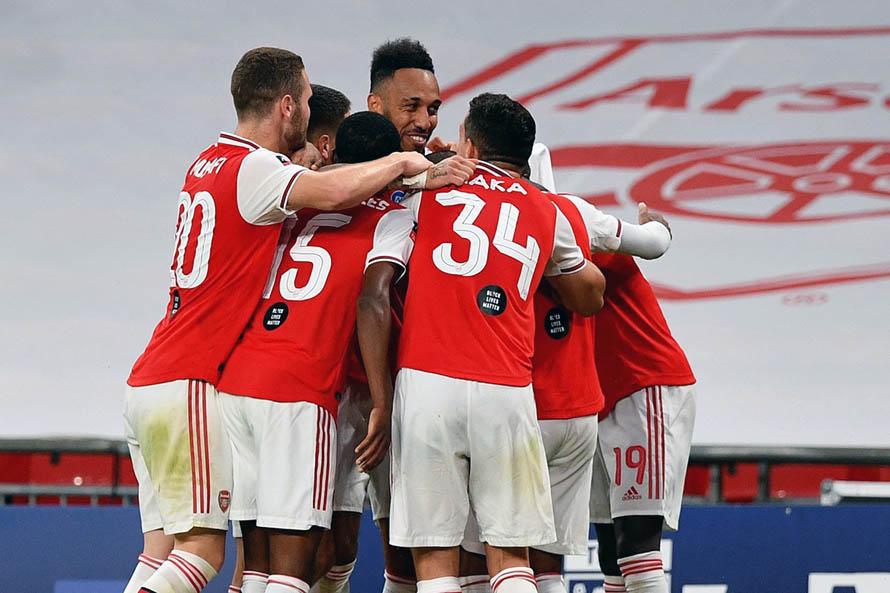 Con Emiliano Martínez, el Arsenal se aseguró un lugar en la final de la FA Cup