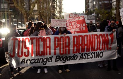 RECLAMO FAMILIARES BRANDON TRIBUNALES (16)