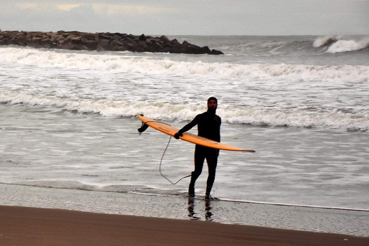 Las recomendaciones para la correcta vuelta del surf en Mar del Plata