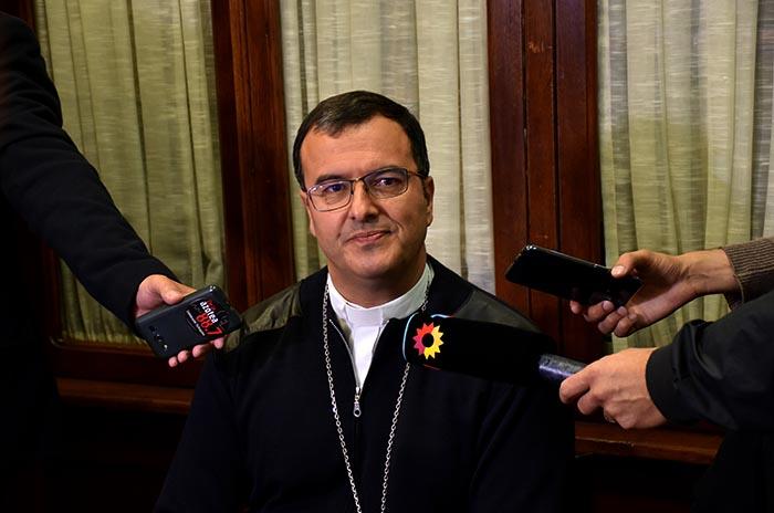 El obispo de Mar del Plata dio positivo en coronavirus: está aislado en la Catedral