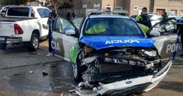 Una persecución y dos choques de patrulleros: tres heridos