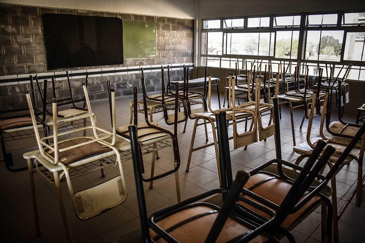 Clases: sin suspensión de la presencialidad, Udocba llamó a un paro docente