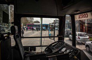 Paro de colectivos en Mar del Plata: la UTA también se manifestó frente al COM