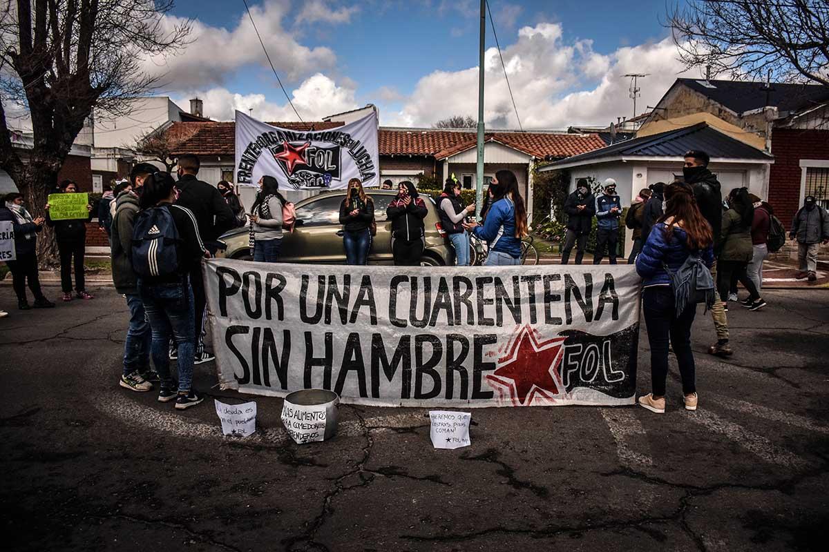 """Una jornada de protesta con olla popular: """"Por una cuarentena sin hambre"""""""