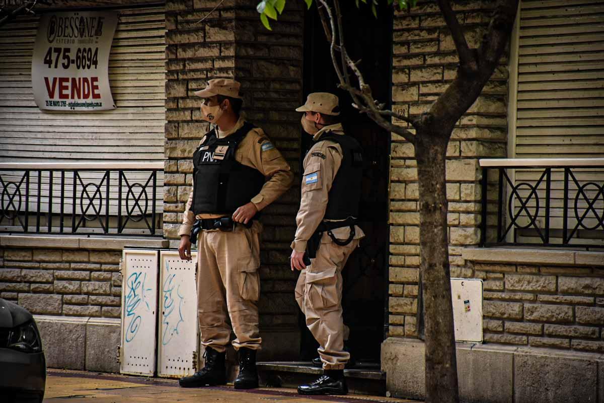 Desbaratan una banda narco tras doce allanamientos: siete detenidos