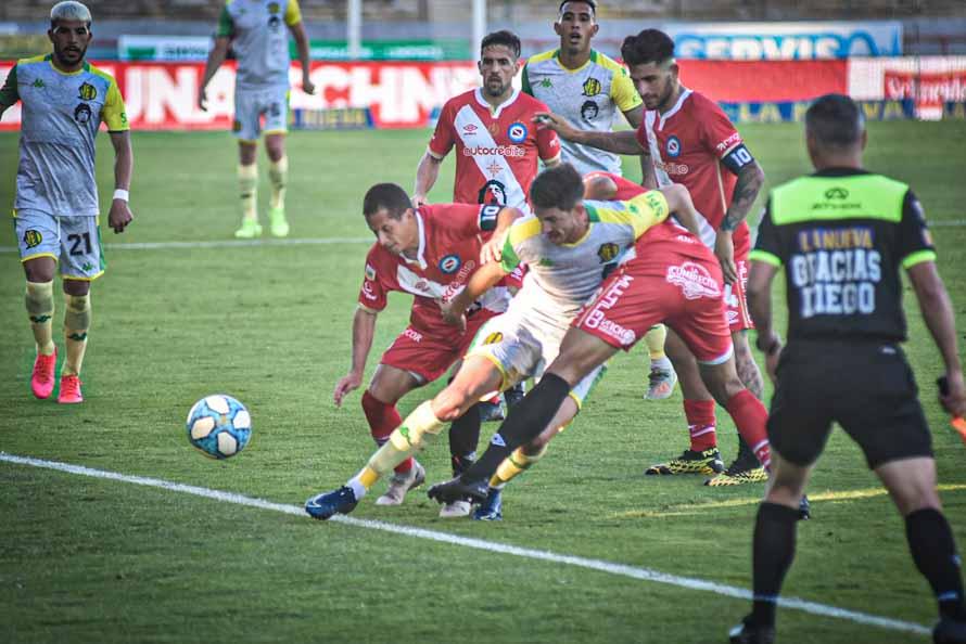 Aldosivi quiere ganar por primera vez como local y recibe a Rosario Central