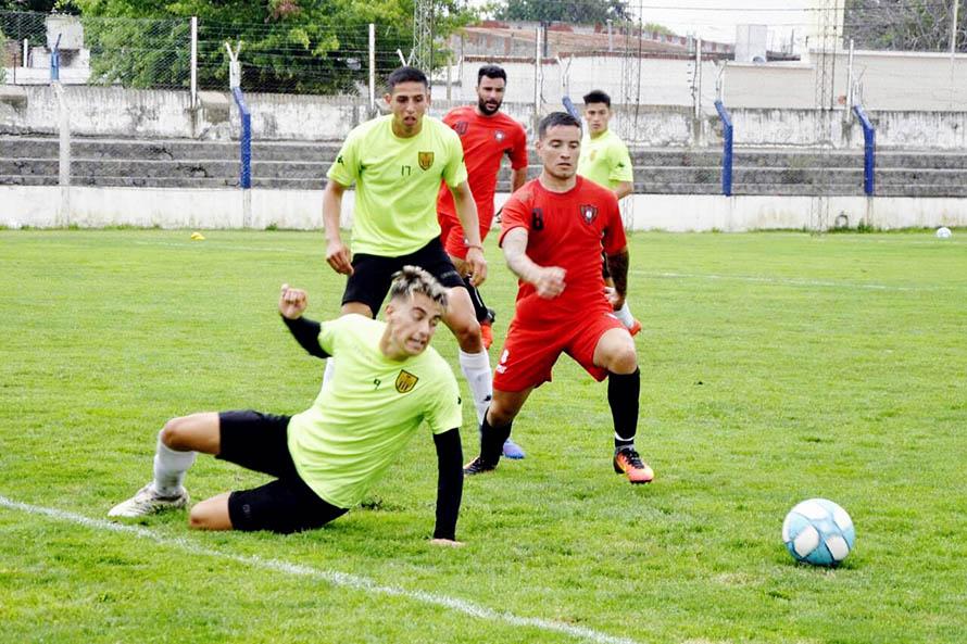 Círculo Deportivo y Santamarina de Tandil sumaron minutos en un amistoso