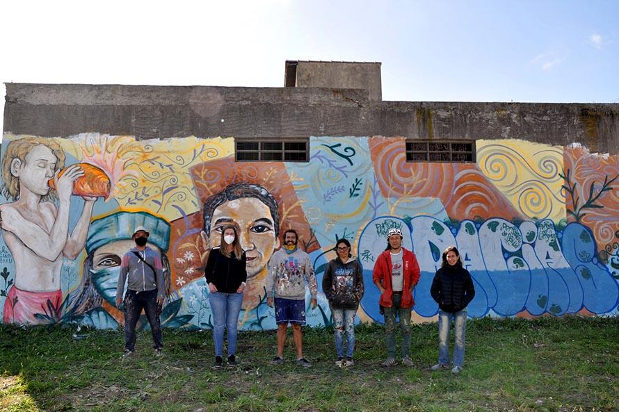 Un mural como muestra de agradecimiento a personal de la salud