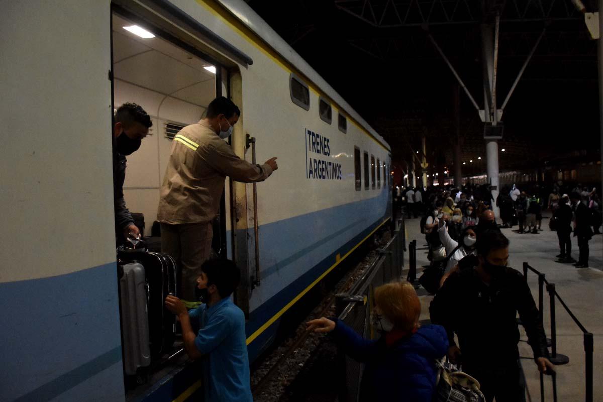Llegó el primer tren a Mar del Plata desde el inicio de la pandemia: cómo conseguir pasajes