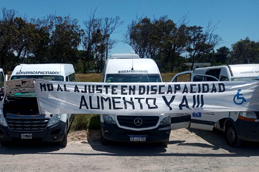Transportistas de personas con discapacidad llevaron sus reclamos a Alberto Fernández