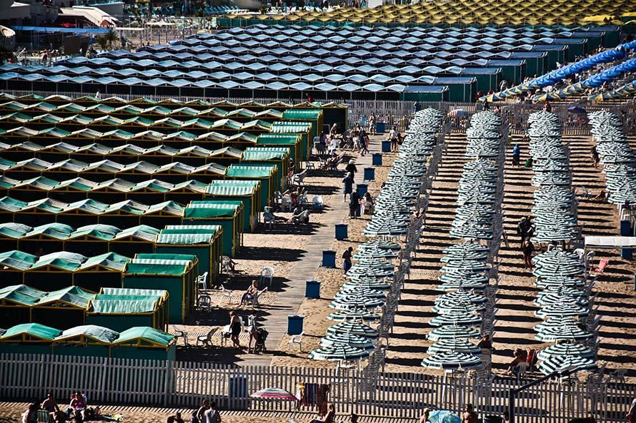 Playas: tras los fuertes reclamos, anuncian que balnearios desarmarán 900 carpas