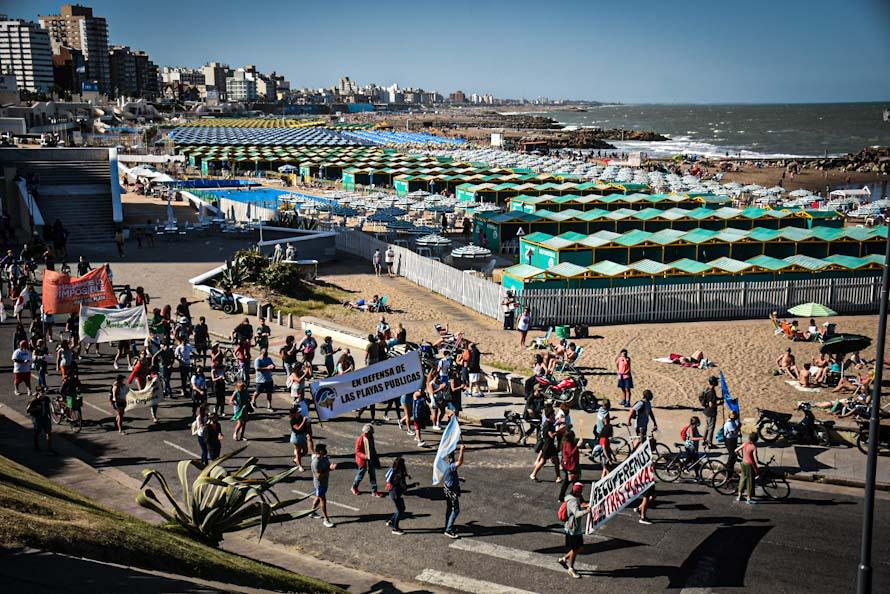 Otra movilización por las playas públicas y contra la privatización en Mar del Plata