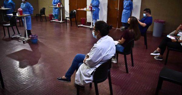 Coronavirus: llegan 3 mil dosis a Mar del Plata y empieza la vacunación en dos escuelas