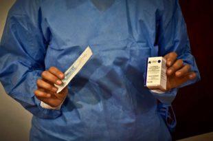 Coronavirus: el Ministerio de Salud autorizó una vacuna producida en India