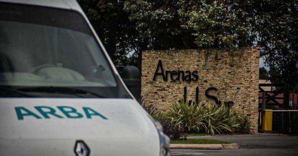 Detectan 120 propiedades sin declarar en el barrio cerrado Arenas del Sur